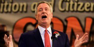Alcalde de Nueva York, De Blasio, anuncia un desfile en homenaje a la selección femenina