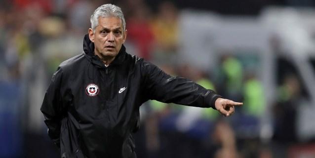 Rueda y Gareca callan las críticas con el pase de Chile y Perú a semifinales