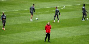 Perú se entrena en secreto el mismo día de la semifinal contra Chile