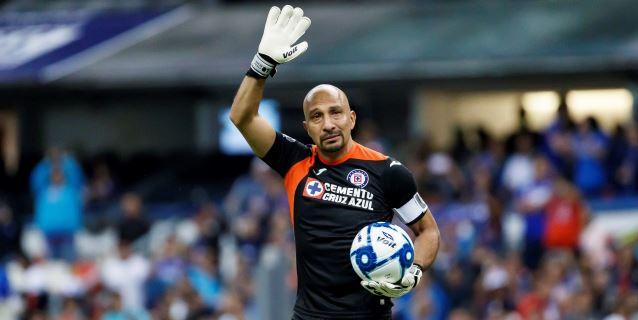 """El guardameta """"Conejo"""" Pérez dice adiós al fútbol después de 740 partidos"""