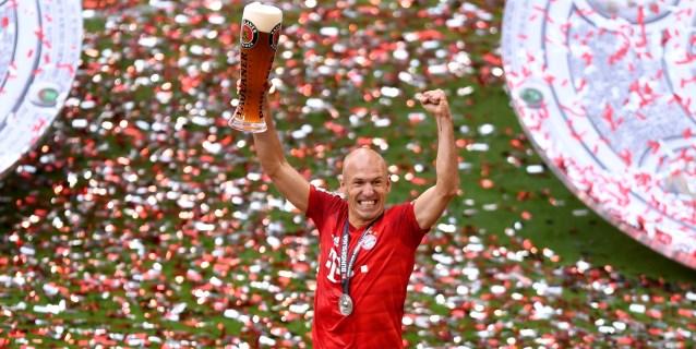 El futbolista holandés Arjen Robben cuelga las botas con 35 años