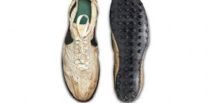 """Unas Nike """"Moon Shoe"""", subastadas por más de 437.000 dólares, baten récords"""