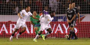 3-1. Liga da el primer zarpazo ante Olimpia por el billete a cuartos de final