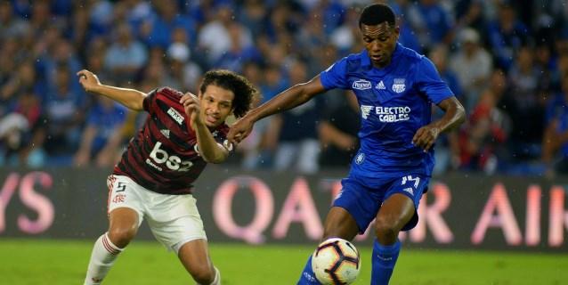 2-0. Emelec se agiganta y doblega al favorito Flamengo