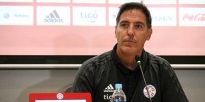 """Paraguay busca desarrollar su fútbol de """"posesión"""" en la gira asiática"""