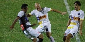 4-3. Leyendas internacionales ganan partido a veteranos hondureños