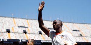 El Valencia anuncia principio de acuerdo con el defensa Mangala