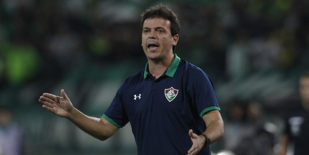 Fluminense despide al técnico Fernando Diniz tras novena derrota en la Liga