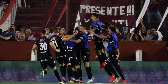 Lanús derrotó a Central Córdoba y se subió a la cima de la clasificación