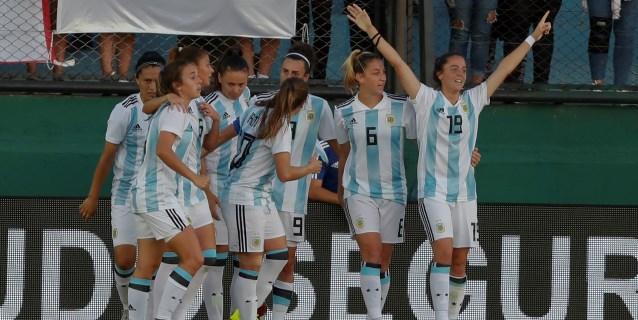 Argentina y Colombia jugarán la final de fútbol femenino de los Panamericanos