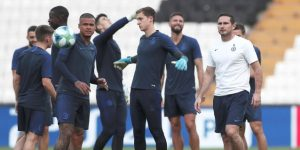 Lampard se muestra optimista en Estambul pese a la derrota ante el Manchester