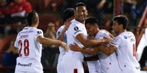 Huracán derrota a Colón en el inicio de la segunda jornada de la Superliga de fútbol en Argentina