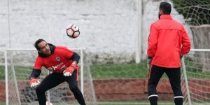Bravo regresa a la selección de Chile para amistosos con Argentina y Honduras