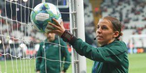 Stephanie Frappart primera mujer árbitro en una final hace historia