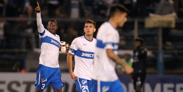 La Católica sigue líder pese al empate con 'la U' en el clásico universitario del fútbol en Chile