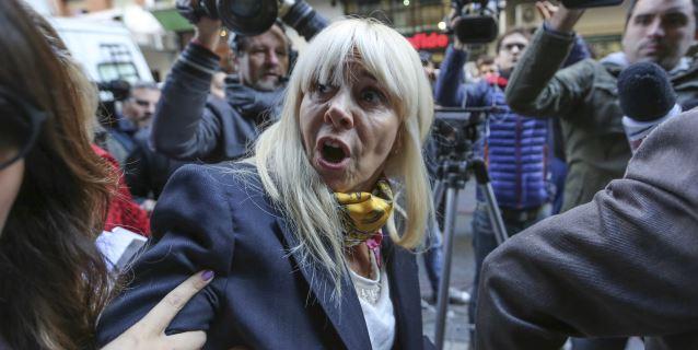 Registran un departamento de la exesposa de Maradona a pedido del exfutbolista