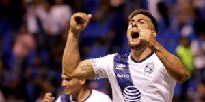 El argentino Alustiza se echa al Puebla al hombro en la victoria sobre Juárez