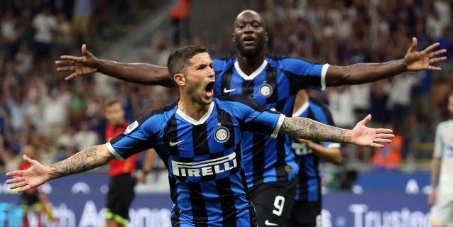 El Inter ilusiona a San Siro con una goleada al Lecce (4-0)