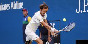 TENIS: Medvedev elimina a Wawrinka y pasa a semifinales