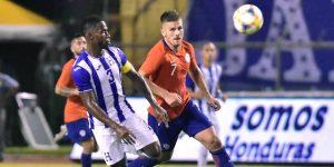 2-1. Honduras vence a Chile en segundo triunfo al hilo con Fabián Coito