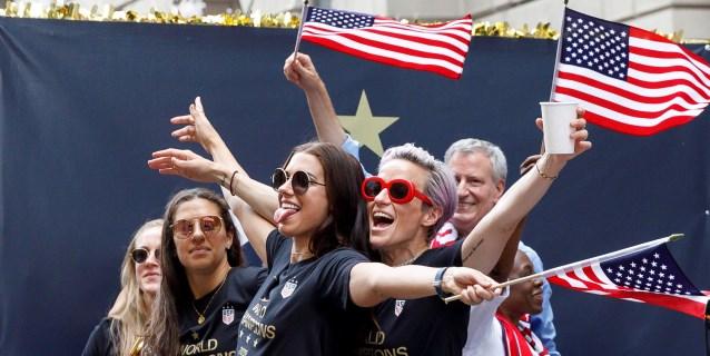 EE.UU. sigue líder, España se mantiene 13ª y Chile logra su mejor posición
