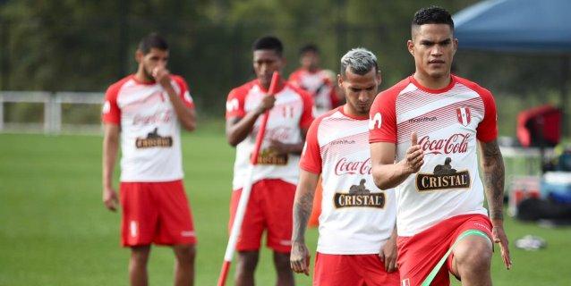 Perú, en su mejor momento, probará a un renovado combinado ecuatoriano en EE.UU.