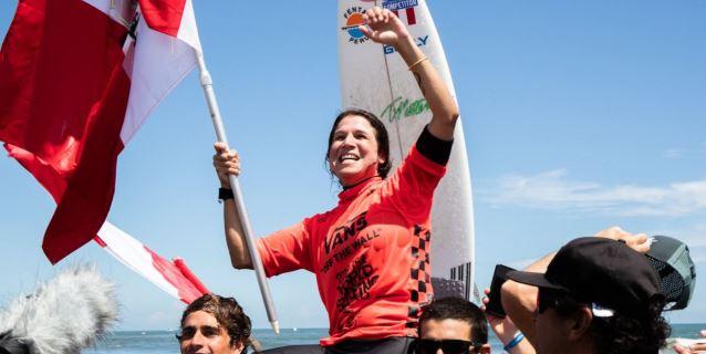 ¡Orgullo peruano! Sofía Mulanovich es campeona mundial en torneo de surf en Japón