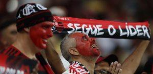 """""""Próxima parada, Chile"""", gritan los hinchas del Flamengo al pasar a la final"""