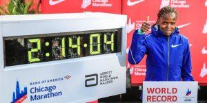 La keniana Brigid Kosgei bate el récord del mundo de maratón