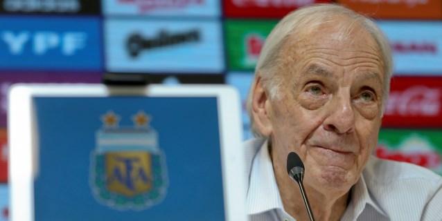 """Menotti: """"Comparar a Messi y a Cristiano no es bueno para el fútbol"""""""