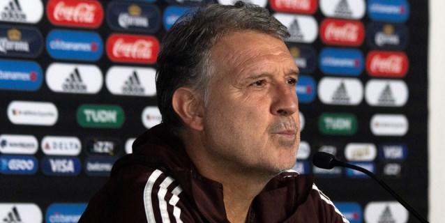 Martino debuta en el Azteca, donde Argentina fue campeón y frente a Gallego