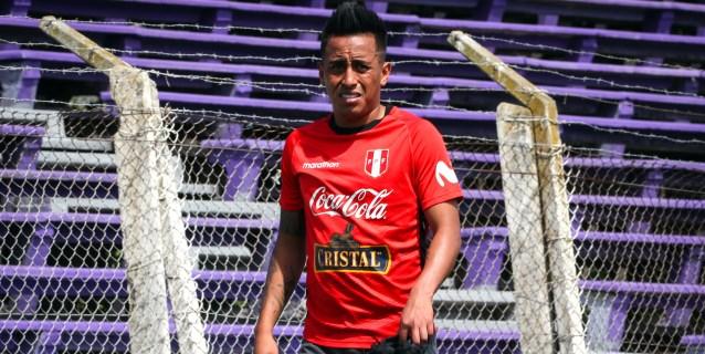 Perú se medirá con Colombia y Chile sin Cueva, sin minutos en el Santos