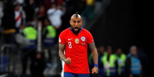 Vidal y Orellana vuelven a La Roja para los amistosos contra Colombia y Guinea