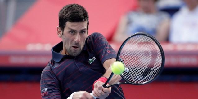 TENIS: Djokovic cumple en su debut en Shanghái y derrota al canadiense Shapovalov