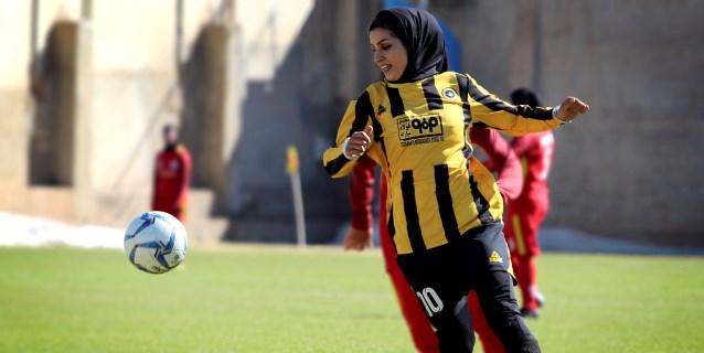 La pasión por el fútbol de las jugadoras iraníes rompe barreras