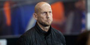 Jaap Stam dimite como entrenador del Feyenoord