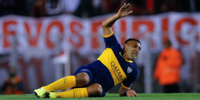 Denuncian que amenazaron de muerte al goleador de Boca Ramón 'Wanchope' Ábila
