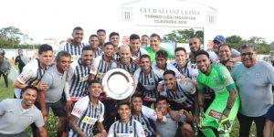 El uruguayo Pablo Bengoechea vuelve a ilusionar a Alianza con un nuevo título