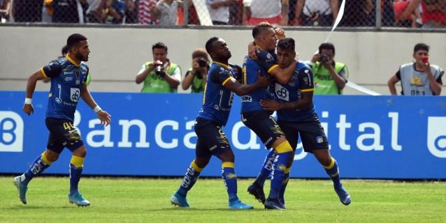 0-0. Delfín frena al Rey de Sudamericana en busca de las semifinales en Ecuador
