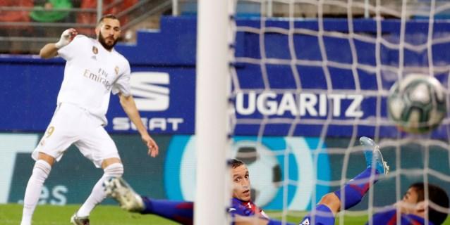 """Benzema, """"feliz"""" por estar entre los máximos goleadores de la historia"""