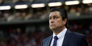 Peláez dice que Chivas armará un buen plantel y ratifica al entrenador Tena