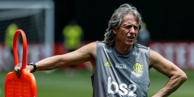 Jorge Jesús acaricia la Copa Libertadores sin perder de vista la 'Champions'