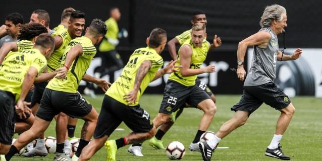 Flamengo ultima su preparación para la final antes del reconocimiento del estadio