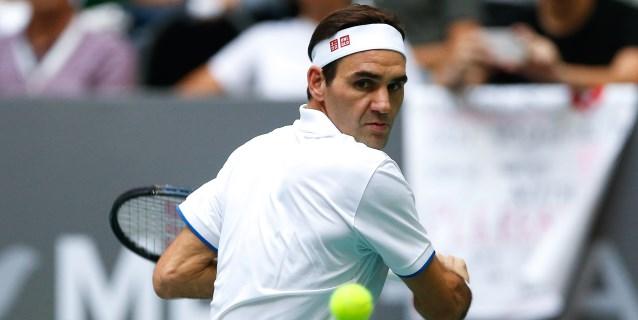 Argentina se rinde a los pies de Federer durante la exhibición con Zverev