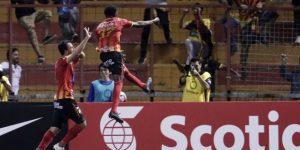 El mexicano Rubio impulsa al Herediano hacia las semifinales en Costa Rica
