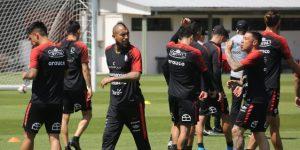 Los jugadores de la selección chilena de fútbol deciden no disputar el amistoso ante Perú