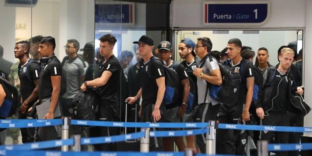 Colón aterriza en Paraguay con la ilusión de conquistar su primera final