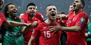 Francia, Inglaterra, Turquía y la República Checa sellan su billete para la Eurocopa