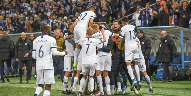 3-0. Finlandia hace historia: jugará su primera Eurocopa