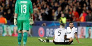 2-2. El Valencia no resuelve en Mestalla y se la jugará en Amsterdam